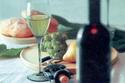 Turquoise_wine_bottle_glass